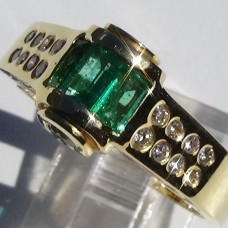 Baguette Emerald Ring with Diamond Side Stones in 18k Yellow Gold