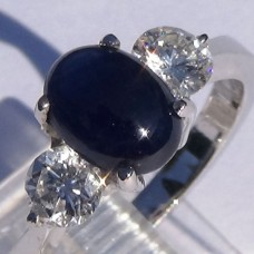 Cabochon Sapphire and Diamond Ring in 18k White Gold