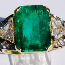 Emerald Cut Emerald with Trillion Diamond in 18k Yellow Gold